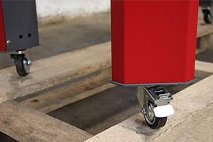 Производство слесарных верстаков на колесиках