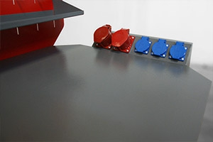 Фотография панели розеток верстака  Гефест-ВС-1591-ЭПО+Т