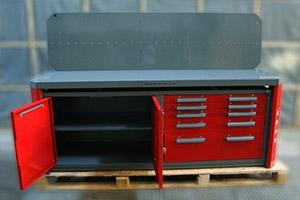 Вид верстака серии Гефест-ВС-2244 с открытой тумбой