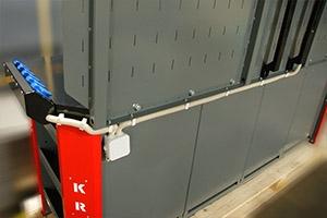 Распределительная розетка установленная на верстаке  Гефест-ВС-5511-ЭП