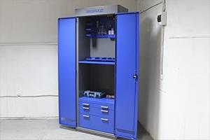 Фото шкафа для хранения инструментов KronVuz Box в открытом виде
