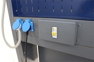 Автомат защиты и блок розеток рабочего места KronVuz