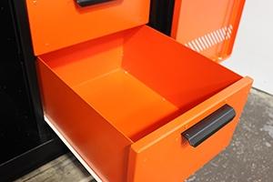 Выдвижной ящик инструментального шкафа