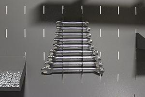Фотография держателя гаечных ключей верстака Гефест-ВС-5005-ЭПОБ