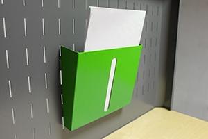 Навесной металлический лоток для бумаг
