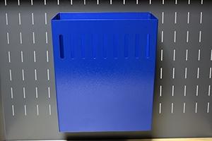 Навесная корзина для мусора вид спереди