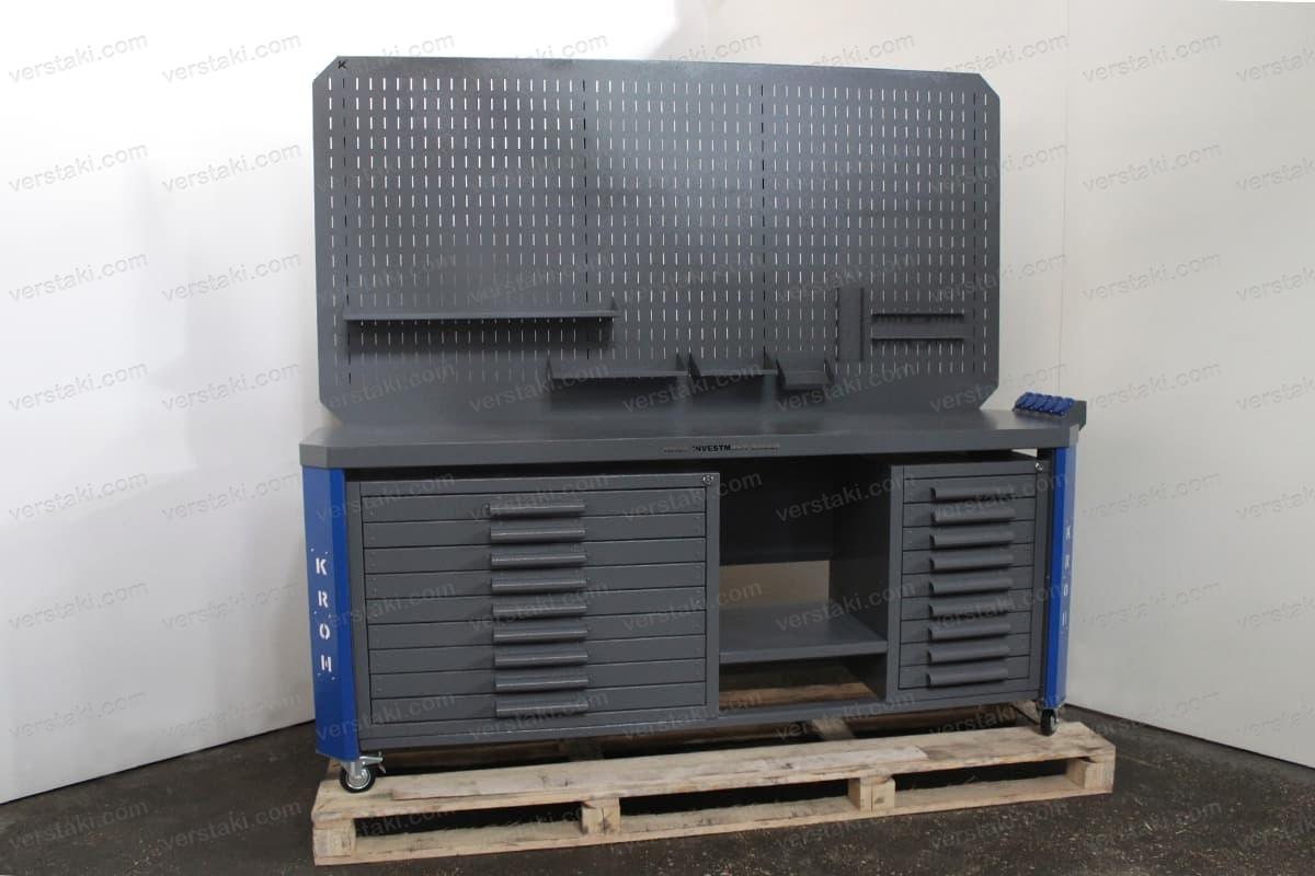 Фото слесарного верстака с двойным экраном