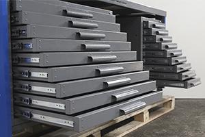 Выдвижные металлические ящики