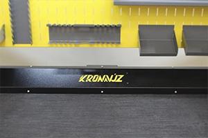 Своя надпись на изделии рабочего стола серии KronVuz Pro