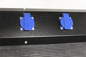 Фото розеток установленных на передней панели