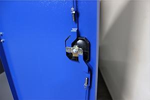 Металлическая дверь с ригельной системой