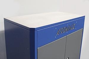 Фото рабочей поверхности инструментального шкафа