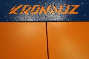 Своя надпись на изделии серии KronVuz