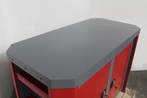 Фотография металлической столешницы верстака серии Гефест