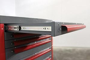 Фото выдвижного механизма инструментальной тележки Гефест-ТИ-6