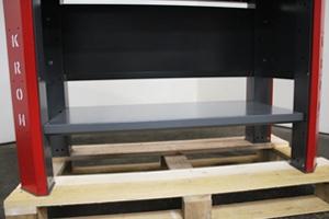 Фото металлической полки верстака серии Гефест