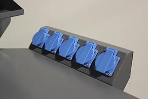 Фото блока розеток слесарного верстака Гефест-ВС-51-ЭПОБ+Т2