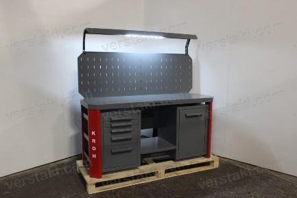 Новый дизайн системы освещения слесарных верстаков